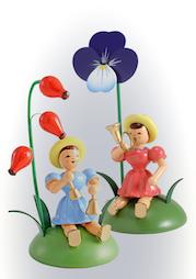 Blumenkinder, sitzend, farbig